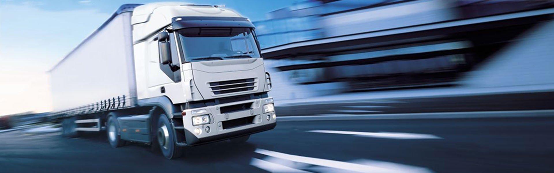 caminhão de entrega muito rápido